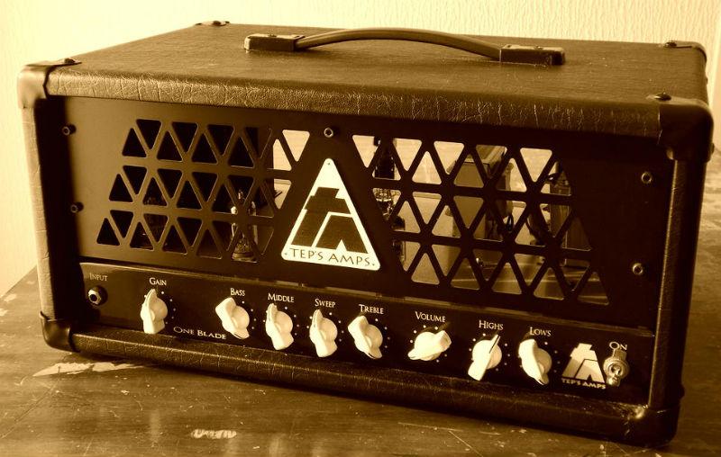 Le One Blade une tête d'ampli à lampes guitare de Tep's Amps